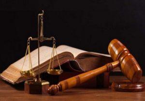سابقه قضاوت و نمایندگی مجلس جایگزین آزمون وکالت نمی شود